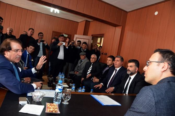 Milletvekili Aydemir'e Karayazı'da coşkulu karşılama galerisi resim 4