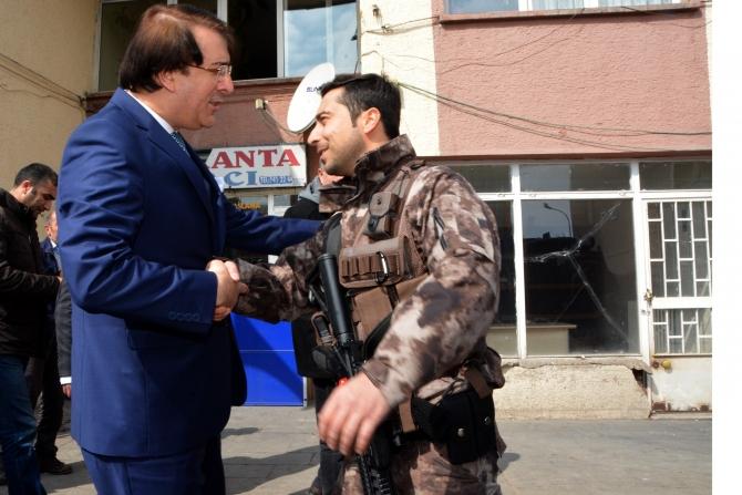 Milletvekili Aydemir'e Karayazı'da coşkulu karşılama galerisi resim 5