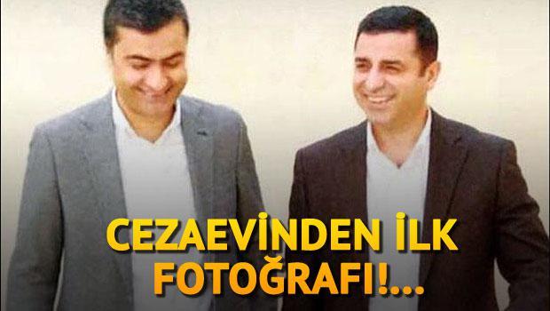 Demirtaş'ın cezaevi fotoğrafları sosyal medyayı salladı