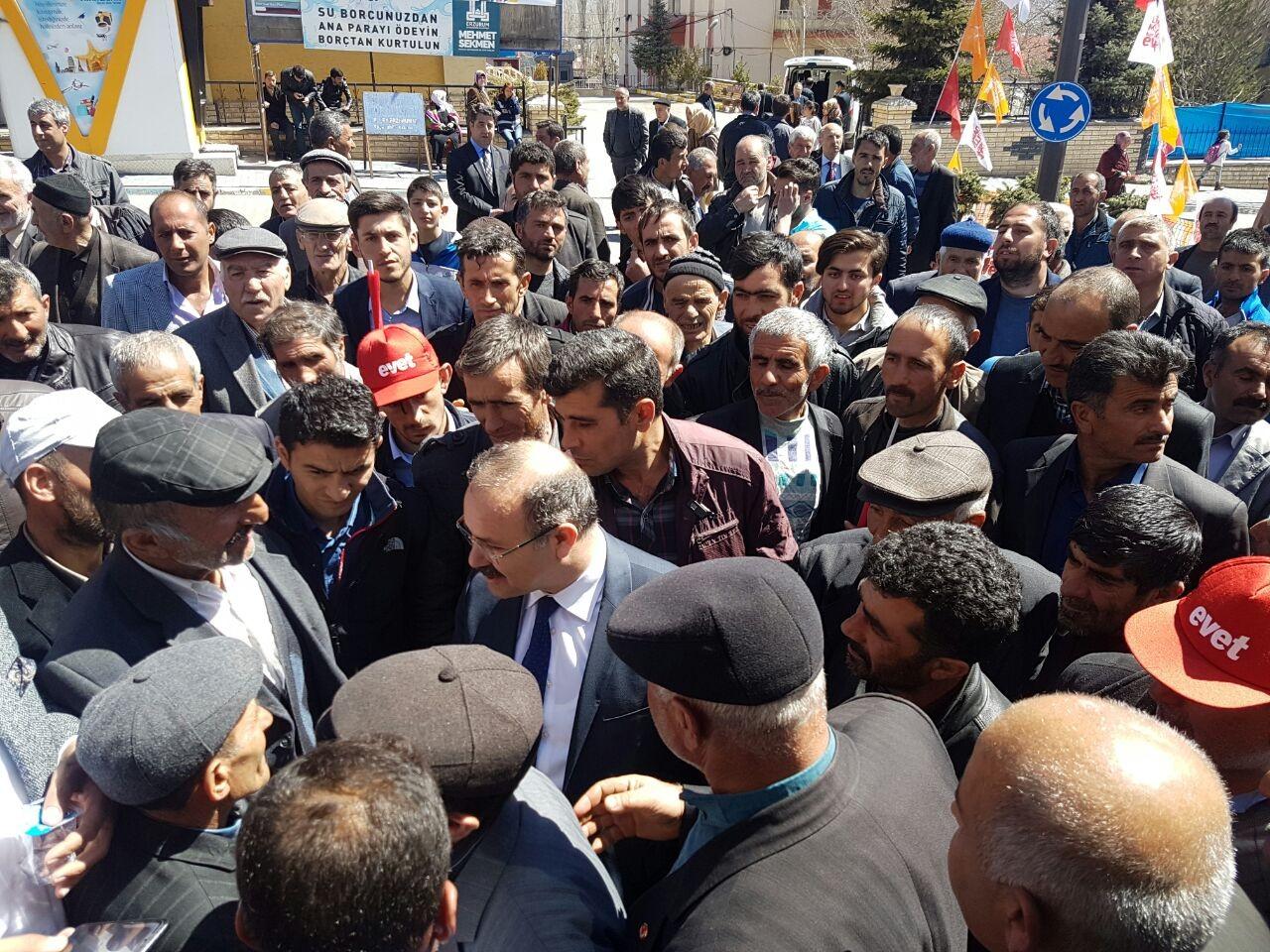 Narmanlılar Milletvekili Deligöz'ü bağrına bastı