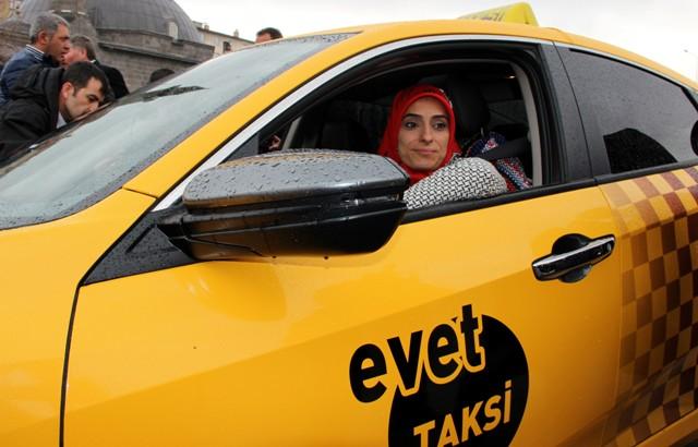 Milletvekilinin 'Evet' taksisi yollara çıktı