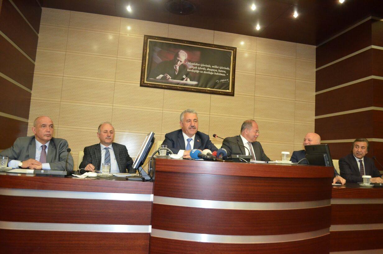 Ilıcalı'nın Tramvay Projesine Bakan Arslan'dan destek