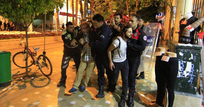 Referandum sonucu protestosu: 14 gözaltı
