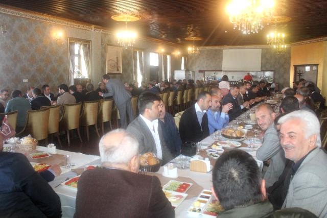 Erzurum'Da MHP'liler Kahvaltıda Buluştu