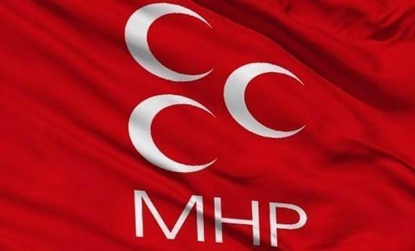 MHP'de 11 istifa