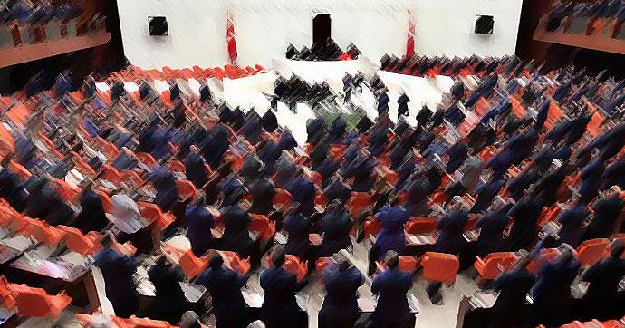 AK Partili milletvekili 'Evet deyin' dedi