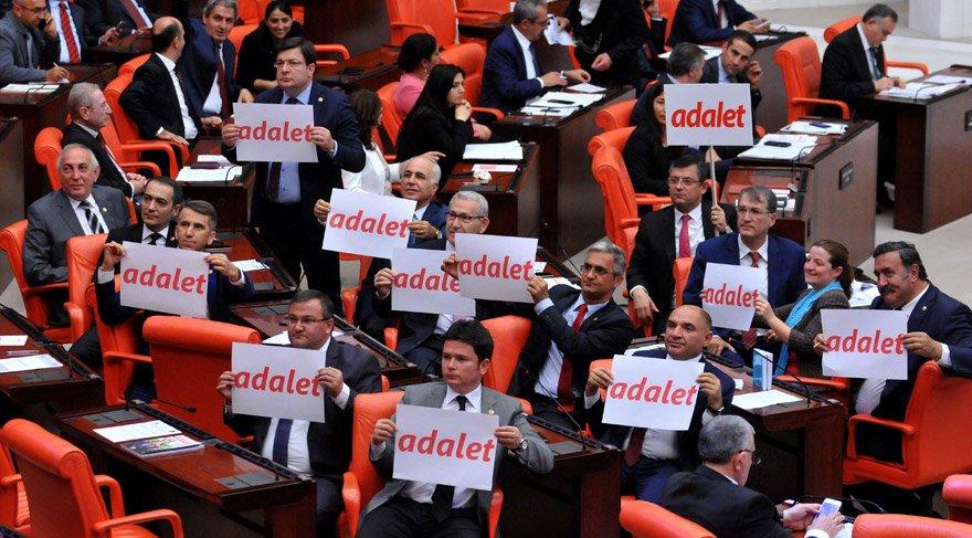 'Adalet' meclis kürsüsünde