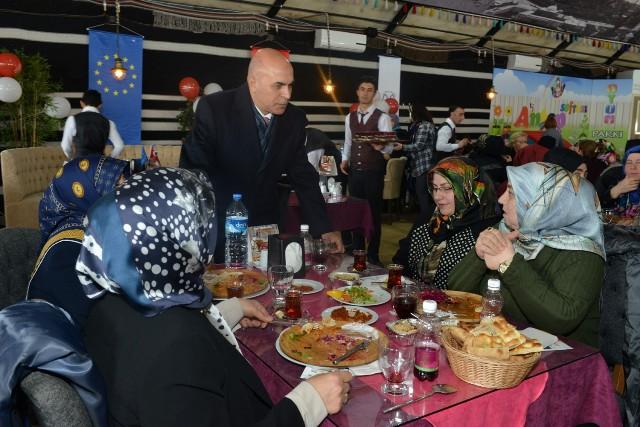 Başkan Korkut'tan, kadınlara büyük destek