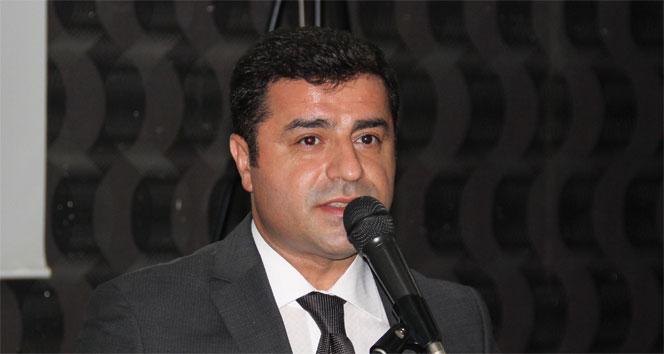 Demirtaş'ın Ahmet Davutoğlu'na hakaretten yargılanmasına başlandı