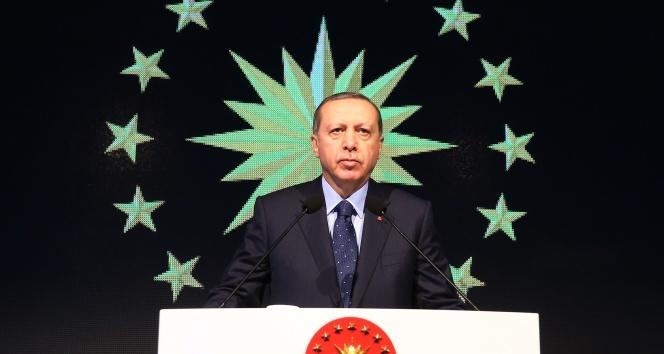 Erdoğan, hem içeride hem de dışarıda koşturacak