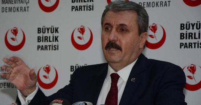 Barzani bağımsız bir devlet başkanıymış gibi karşılandı