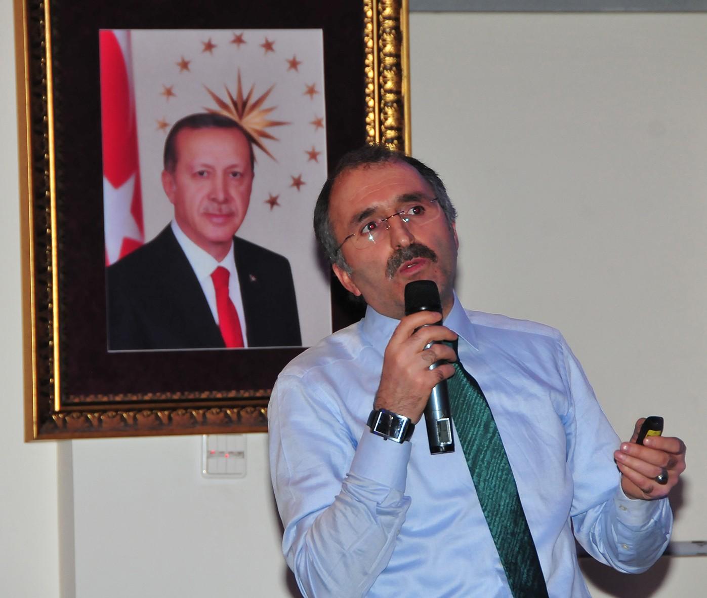 Yavilioğlu, referandum için 4 bin 890 kilometre katetti
