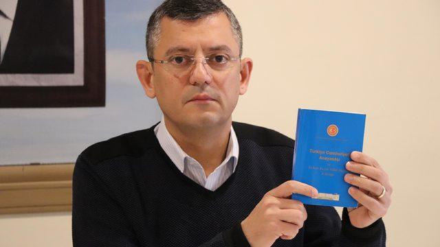 CHP'li Özel: Binali Yıldırım, 'koltuk gitmesin' diye istifa etmemek için direniyor